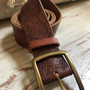 Lucky Brand embroidered belt